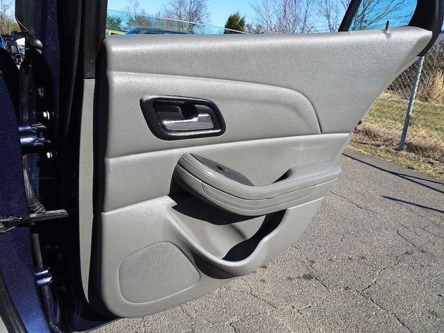 2014 Chevrolet Malibu LT Madison, NC 30