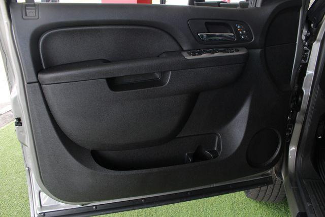 2014 Chevrolet Silverado 2500HD LTZ PLUS Crew Cab 4x4 Z71 - NAVIGATION! Mooresville , NC 42