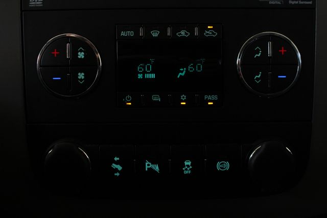 2014 Chevrolet Silverado 2500HD LTZ PLUS Crew Cab 4x4 Z71 - NAVIGATION! Mooresville , NC 36
