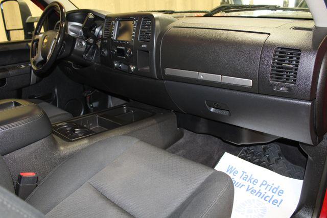 2014 Chevrolet Silverado 2500HD 4x4 LT in Roscoe IL, 61073