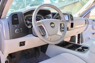2014 Chevrolet Silverado 2500HD LT Crew 4x4 6.6L Duramax Diesel Allison Auto Sealy, Texas 31