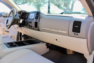 2014 Chevrolet Silverado 2500HD LT Crew 4x4 6.6L Duramax Diesel Allison Auto Sealy, Texas 44