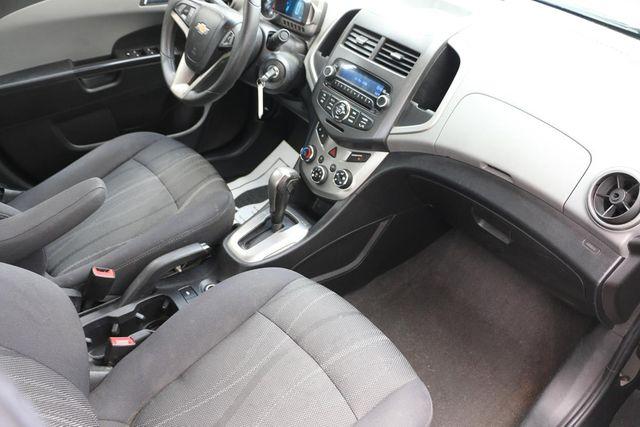 2014 Chevrolet Sonic LT Santa Clarita, CA 9