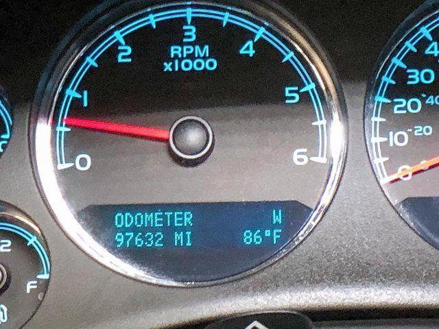 2014 Chevrolet Suburban LT in Dallas, TX 75001