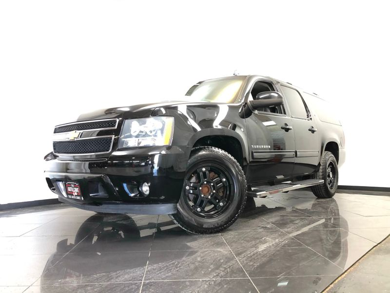 2014 Chevrolet Suburban *Drive TODAY & Make PAYMENTS* | The Auto Cave