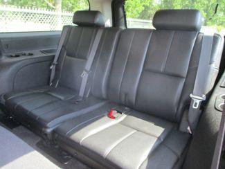 2014 Chevrolet Suburban LT Farmington, MN 3
