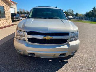 2014 Chevrolet Suburban LT Farmington, MN 4