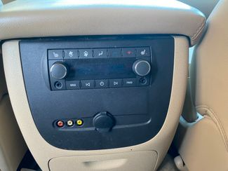 2014 Chevrolet Suburban LT Farmington, MN 9