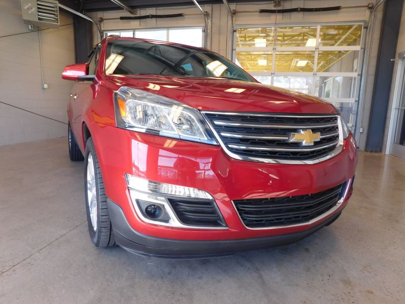 2014 Chevrolet Traverse LT  city TN  Doug Justus Auto Center Inc  in Airport Motor Mile ( Metro Knoxville ), TN