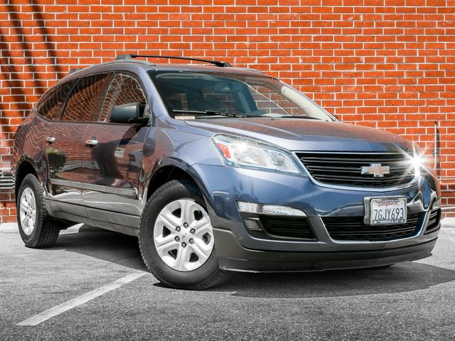 2014 Chevrolet Traverse LS Burbank, CA 1