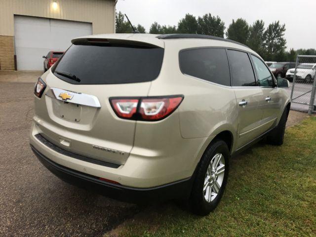 2014 Chevrolet Traverse LT Farmington, MN 1