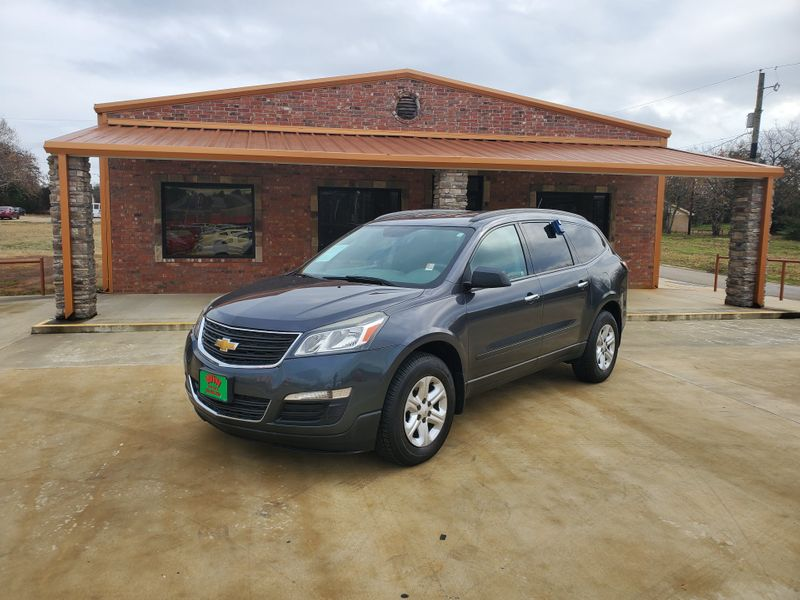 2014 Chevrolet Traverse LS   Gilmer, TX   Win Auto Center, LLC in Gilmer TX