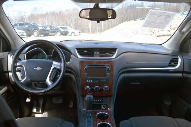 2014 Chevrolet Traverse LT Naugatuck, Connecticut 13