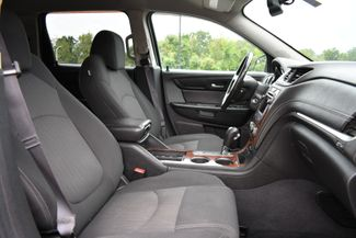 2014 Chevrolet Traverse LT Naugatuck, Connecticut 9