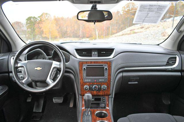 2014 Chevrolet Traverse LT Naugatuck, Connecticut 16
