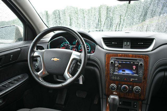 2014 Chevrolet Traverse LT Naugatuck, Connecticut 11