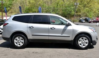 2014 Chevrolet Traverse LS Waterbury, Connecticut 6
