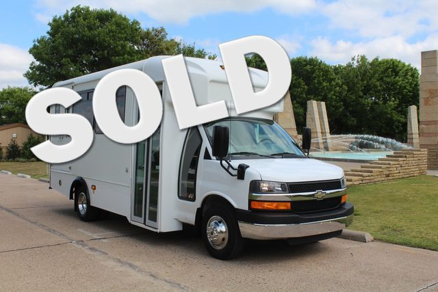 2014 Chevy Express G4500 13 Passenger Glaval Shuttle Bus W/ Wheelchair Lift
