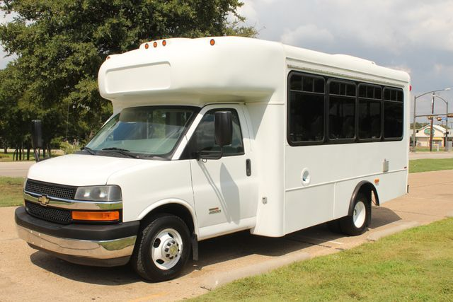 2014 Chevy Express G4500 StarTrans Senator 13 Passenger Shuttle Bus W/Lift Irving, Texas 2