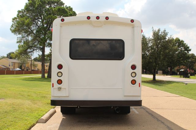 2014 Chevy Express G4500 StarTrans Senator 13 Passenger Shuttle Bus W/Lift Irving, Texas 5