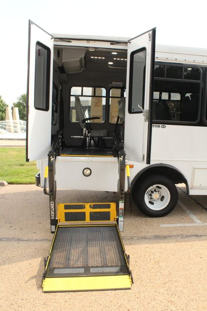 2014 Chevy Express G4500 StarTrans Senator 13 Passenger Shuttle Bus W/Lift Irving, Texas 51