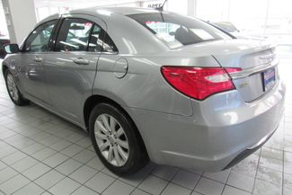 2014 Chrysler 200 Touring Chicago, Illinois 4