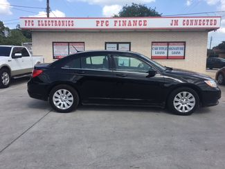 2014 Chrysler 200 LX Devine, Texas 2