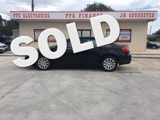 2014 Chrysler 200 LX Devine, Texas