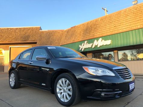 2014 Chrysler 200 Limited V-6 35,000 Miles in Dickinson, ND