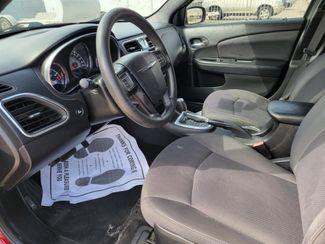 2014 Chrysler 200 LX Gardena, California 4