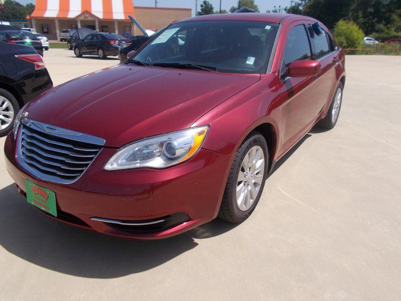 2014 Chrysler 200 LX   Gilmer, TX   Win Auto Center, LLC in Gilmer TX