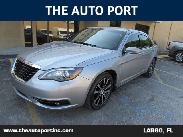 2014 Chrysler 200 Touring in Largo, Florida 33773