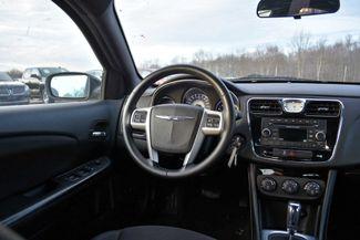 2014 Chrysler 200 Touring Naugatuck, Connecticut 12