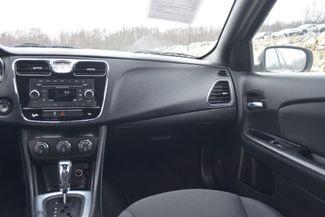 2014 Chrysler 200 Touring Naugatuck, Connecticut 16