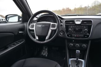 2014 Chrysler 200 Touring Naugatuck, Connecticut 15