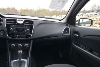 2014 Chrysler 200 Touring Naugatuck, Connecticut 17