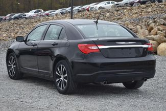 2014 Chrysler 200 Touring Naugatuck, Connecticut 2