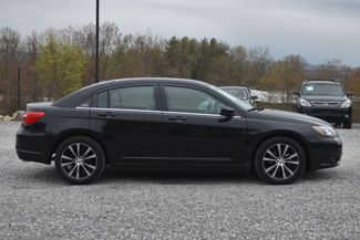 2014 Chrysler 200 Touring Naugatuck, Connecticut 5