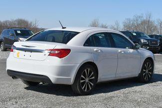 2014 Chrysler 200 Limited Naugatuck, Connecticut 4