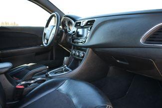 2014 Chrysler 200 Limited Naugatuck, Connecticut 8