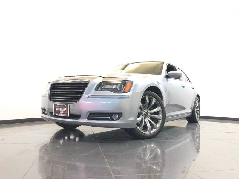 2014 Chrysler 300 *Approved Monthly Payments* | The Auto Cave in Addison