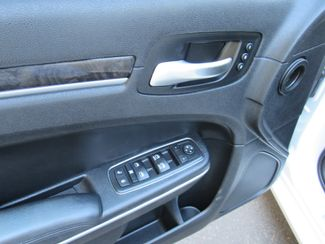 2014 Chrysler 300 300C AWD Bend, Oregon 11