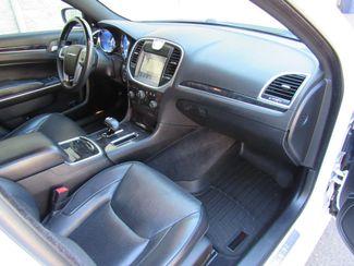 2014 Chrysler 300 300C AWD Bend, Oregon 6