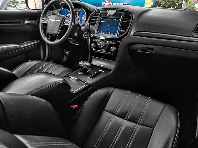 2014 Chrysler 300 300S Burbank, CA 11