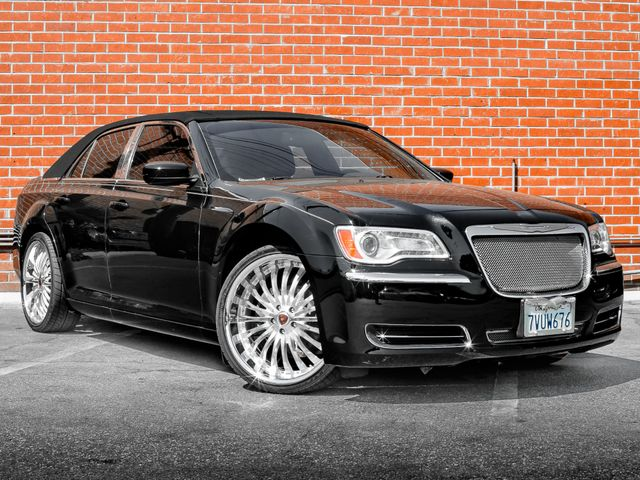 2014 Chrysler 300 Burbank, CA 1
