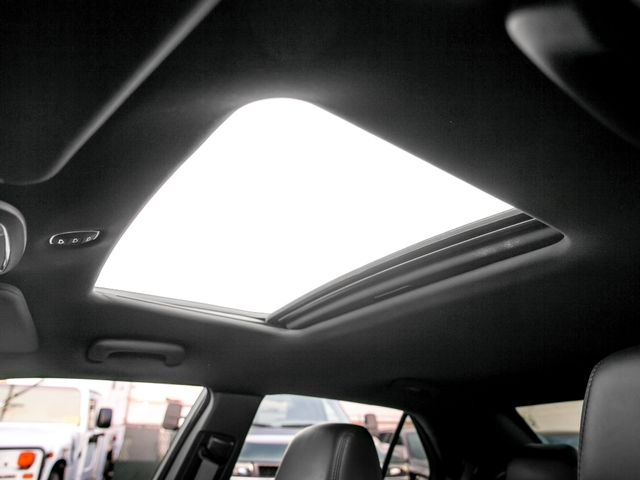 2014 Chrysler 300 Burbank, CA 17
