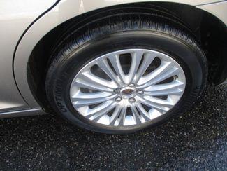 2014 Chrysler 300 Farmington, MN 8