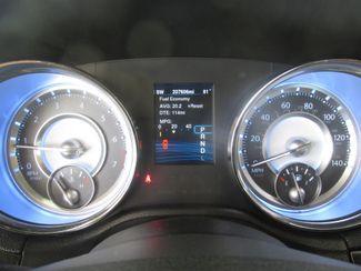 2014 Chrysler 300 Gardena, California 5