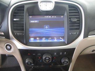 2014 Chrysler 300 Gardena, California 6