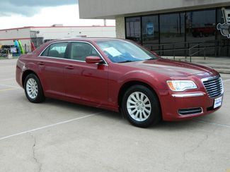 2014 Chrysler 300 in Gonzales, TX 78629